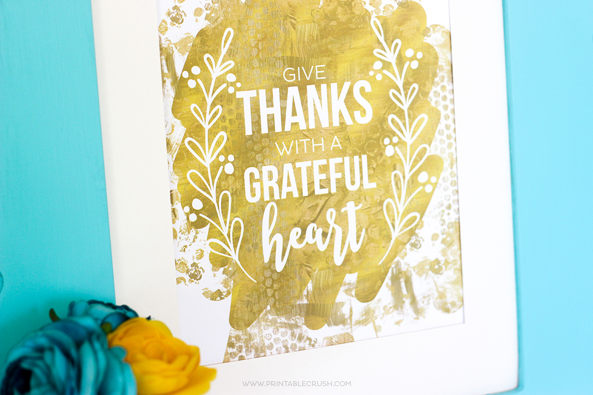 This FREE Thanksgiving Printable Word Art is gorgeous and will go great with your fall decor! Give Thanks with a Grateful Heart.