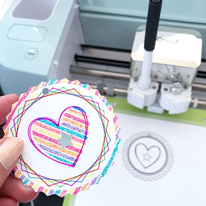 31 of the BEST Cricut Tutorials and Tips on PrintableCrush.com