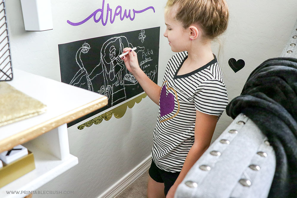 Easy Vinyl DIY Chalkboard Kid Play Area
