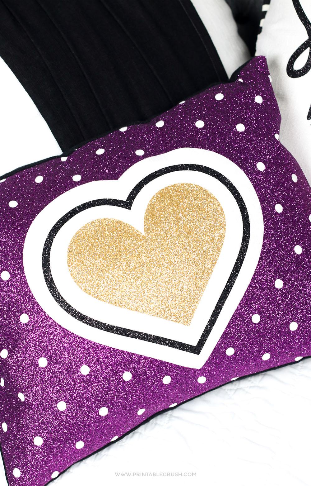 Use the Cricut EasyPress 2 to make these fun Glitter Iron-On Pillows