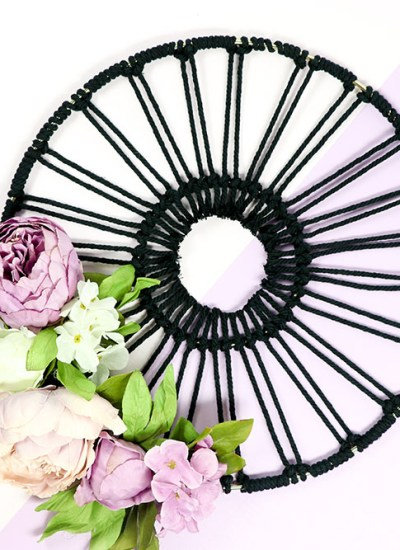 Create this easy Macrame Hoop Wreath for your modern decor. Perfect for a tween room design!