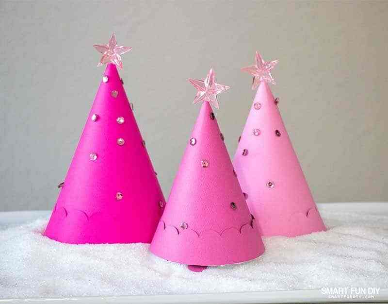 Christmas Tree Treat Cones