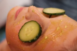 This is an image of avocado face mask.