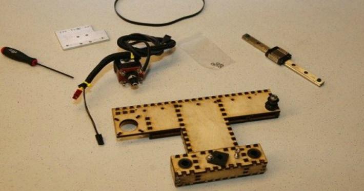 Сборка подвижных частей 3D принтера