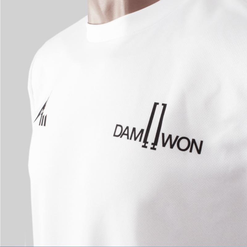 Damwon Gaming white 4