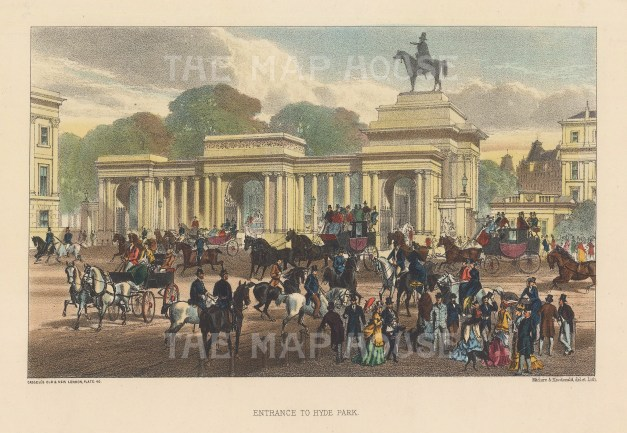 Entrance gate to Hyde Park with Wyatt's Wellington statue on right-hand archway.