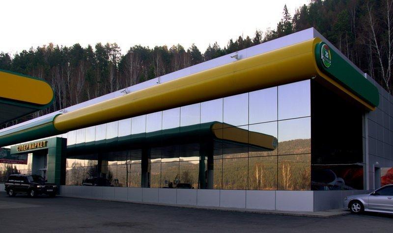 структурное остекление магазина