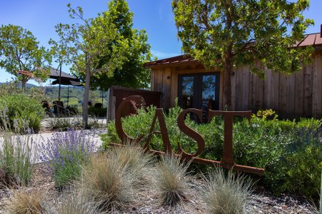 cast-wines-dry-creek-valley-08