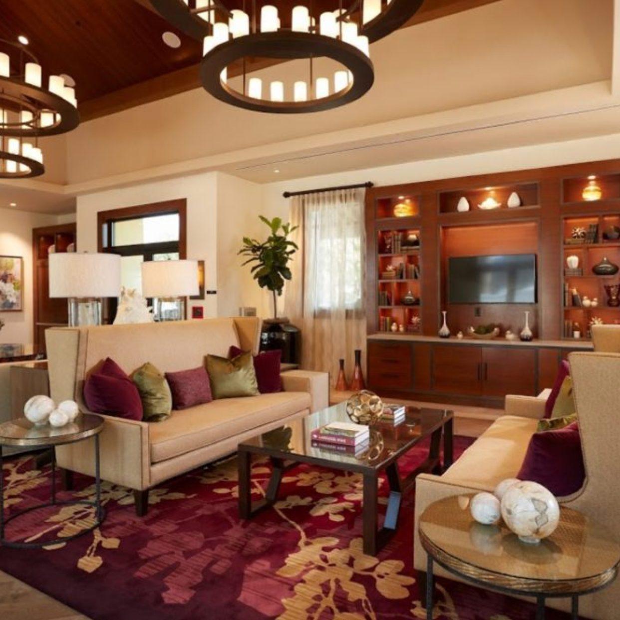 Lobby of Vista Collina Resort