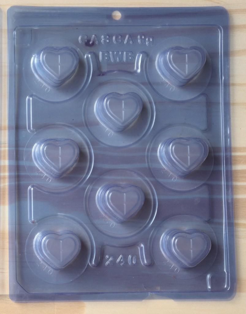 imagem forma de acetato com silicone para chocolate tres partes