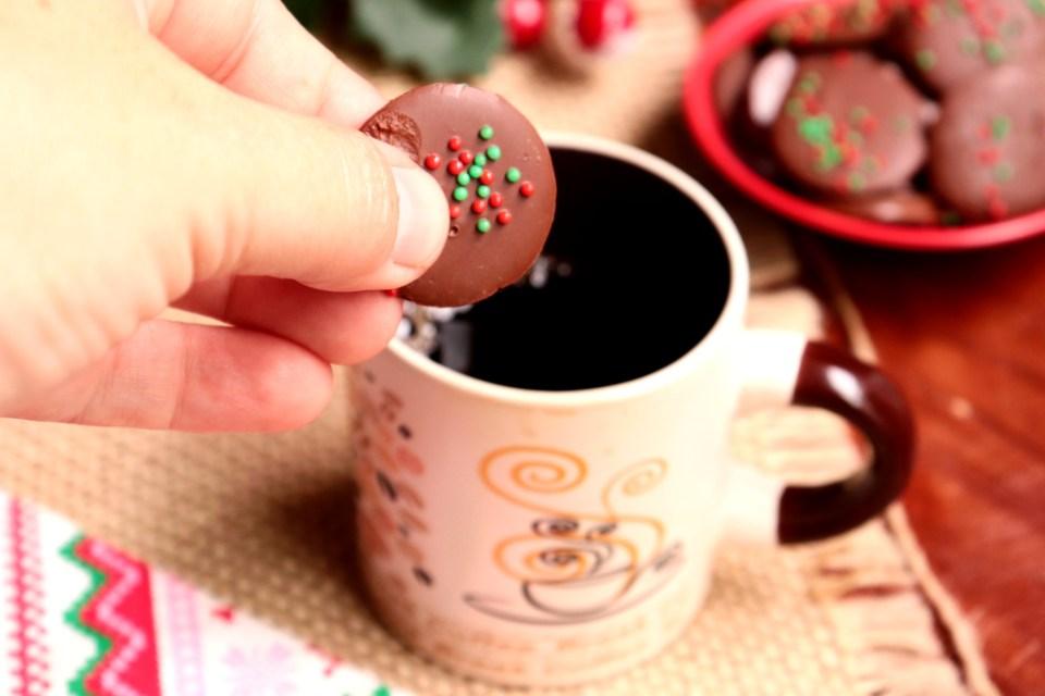 imagem pastilha de chocolate com café