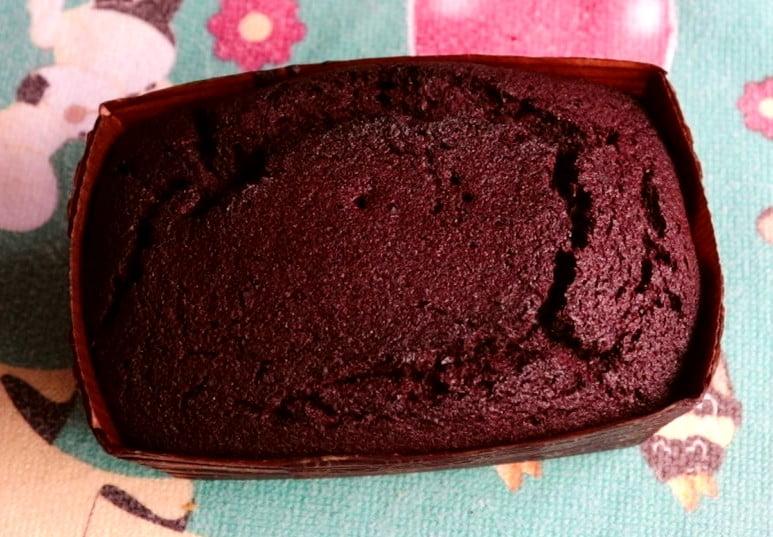 mini bolo caseirinho de chocolate e café