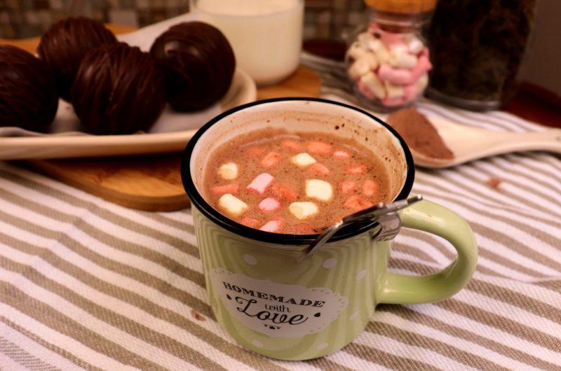 Bomba de chocolate quente