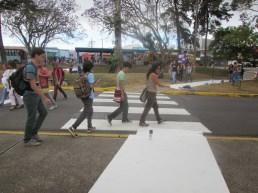 Nuestra principal intención era hacer una continuación definida del paso, peatonal.