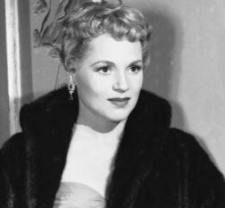 Judy Holliday, actriz, cantante