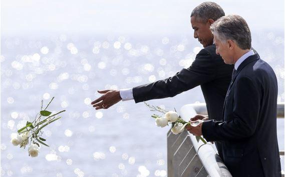 Marzo 24, 2015, Mauricio Macri, presidente de Argentina y Barack Obama, presidente de EE.UU. en el Parque de la Memoria.