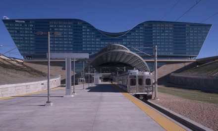 "First ""public-private' rail line begins rolling, linking downtown Denver to airport"