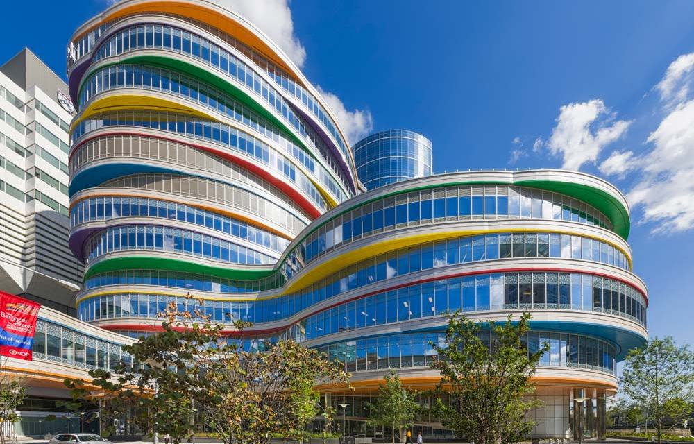 The Children's Hospital of Philadelphia addition features Valspar's Fluropon coatings