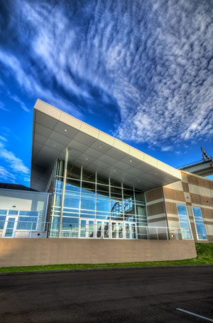 Blue Water Convention Center with Tubelite's curtainwall systems. Photo courtesy of Blue Water Convention Center