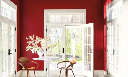 "Benjamin Moore reveals ""Caliente AF-290"" as its Color of the Year 2018"