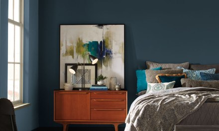 Pratt & Lambert® Paints announces Heron as the 2018 Color of the Year
