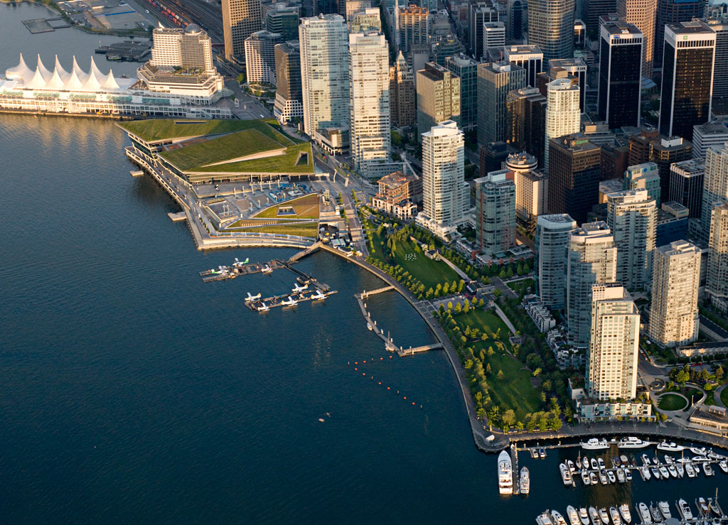 Vancouver Convention and Exhibition Centre Expansion, courtesy of LMN Architects. Photo credit PWL Partnership Landscape Architects Inc.