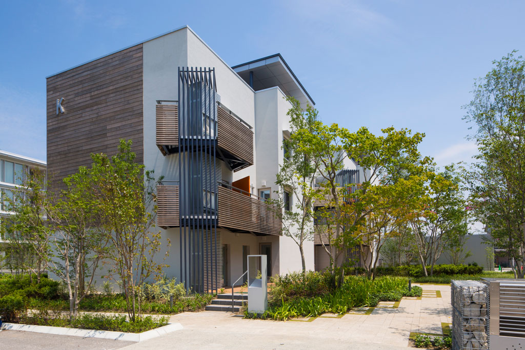 Outstanding Multi-Family Project: PassiveTown Phase 3, Building K, Kurobe, Japan. Photographer: Saito Sadayuki