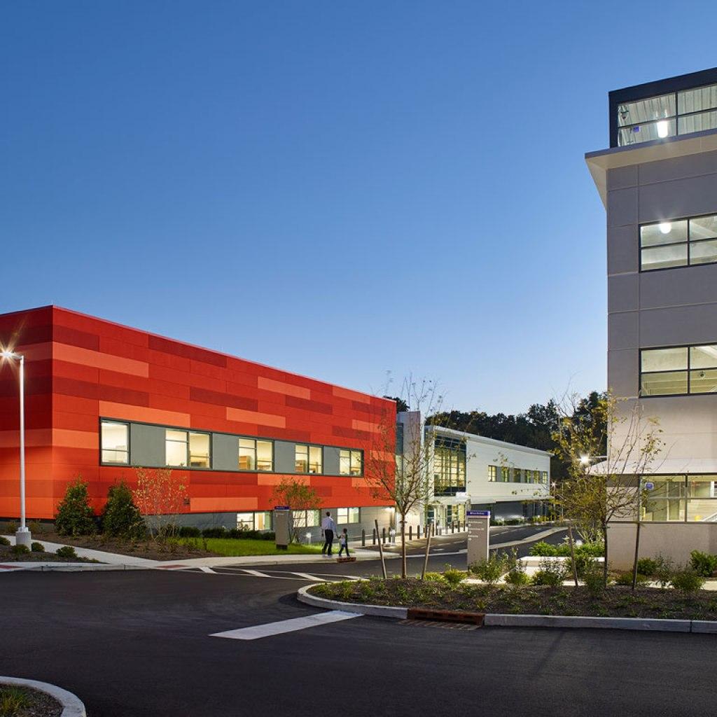 Penn Medicine Cherry Hill, Cherry Hill, New Jersey. Photo credit: Jeffrey Totaro Architectural Photographer
