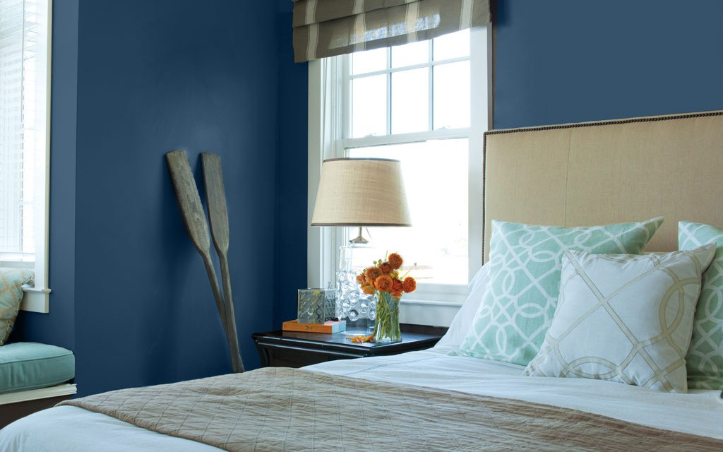 """A Classic Choice: Kelly‐Moore Paints Names """"Peacock Blue"""" Its 2019 Color of the Year"""
