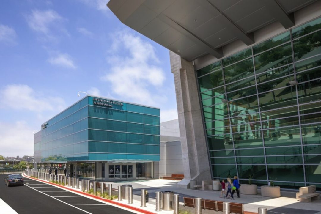 San Diego International Airport, New Federal Inspection Station in San Diego, CA; Syska Hennessy Group in Culver City, CA. Photo credit: © 2018 Paul Turang