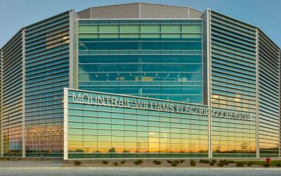 Mountrail-Williams Electric Cooperative's new headquarters features Tubelite's curtainwall and storefront
