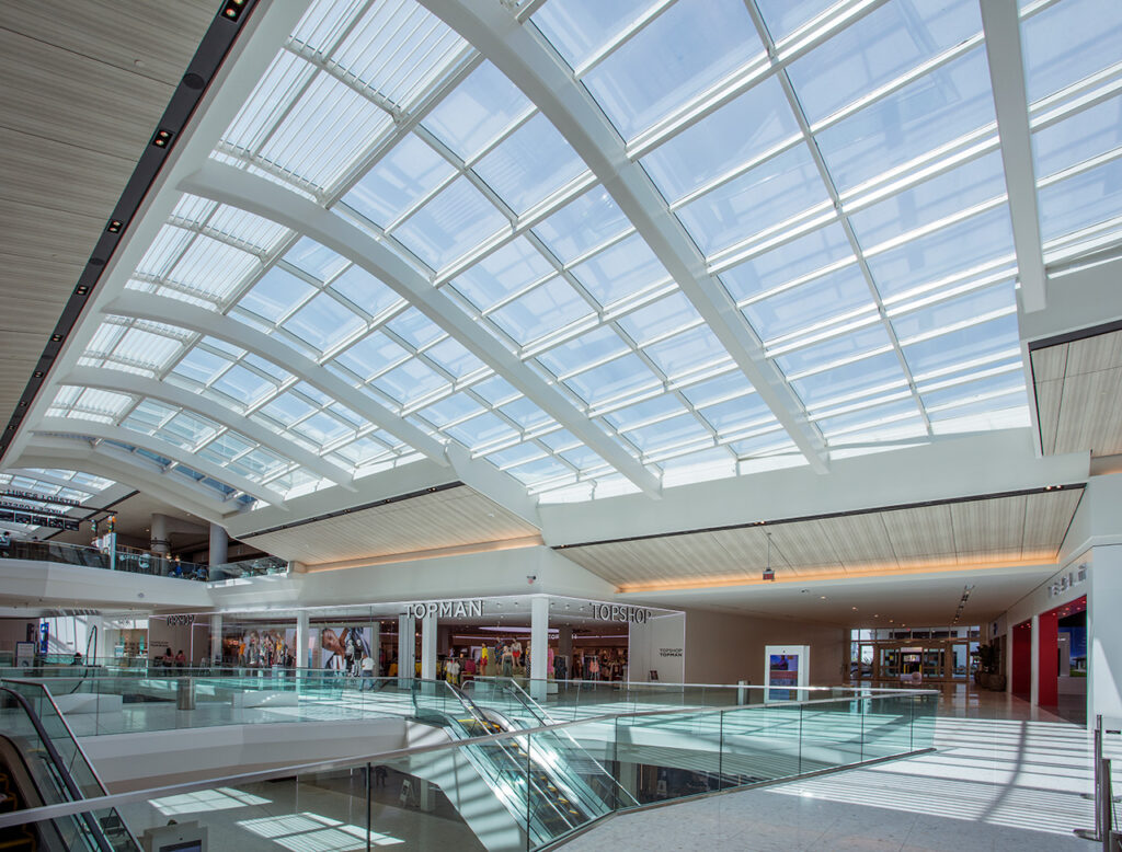Aventura Mall. Photo by William Lemke, courtesy of Super Sky Products Enterprises, LLC