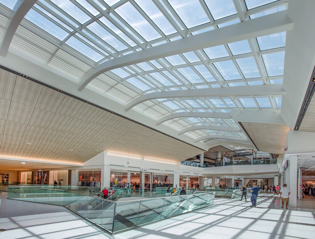 Aventura Mall in Miama. Photo by William Lemke, courtesy of Super Sky Products Enterprises, LLC