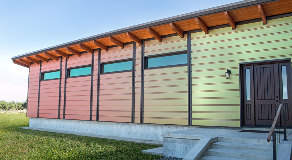 Sherwin William's Fluropon Effects Kameleon™ Colors were used to create a head-turning, net-zero home in California. Depending on time of day and lighting or perspective, the colors of the home appear to shift.