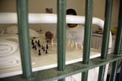prisoner playing chess - takepart.com