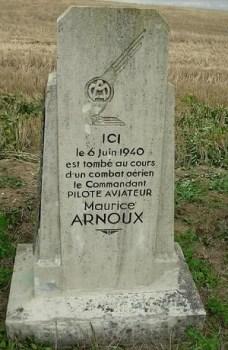 Commandant Maurice ARNOUX du GC III7 abattu en combat aérien le 6 Juin 1940 à bord de son MS-406 N°132.