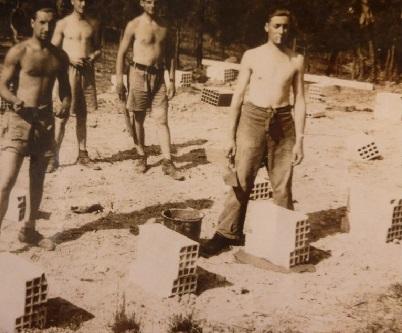 chantiers de jeunesse construction d'une baraque