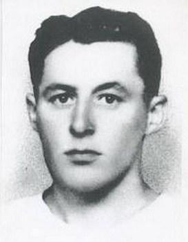 Albert Torquéau, 24 ans, torturé et fusillé par des membres du Bezen Perrot et de la Milice le 16 07 1944 à Plougonver avec 6 autres Résistants