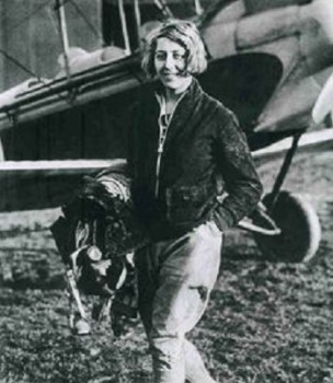Amy Johnson (1 Juillet 1903 – 5 Janvier 1941)