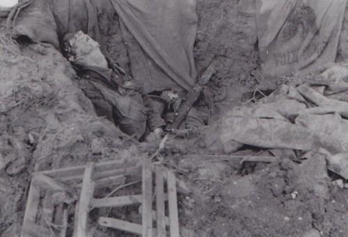 soldat allié tué à son poste