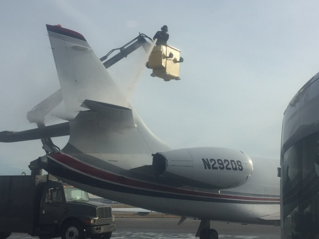 private jet deicing