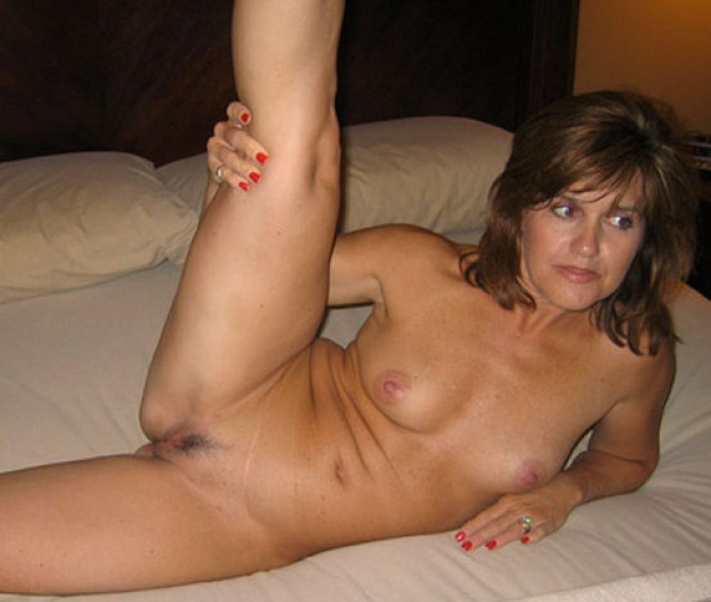 Cute Wife Naked And Spreading Her Legs