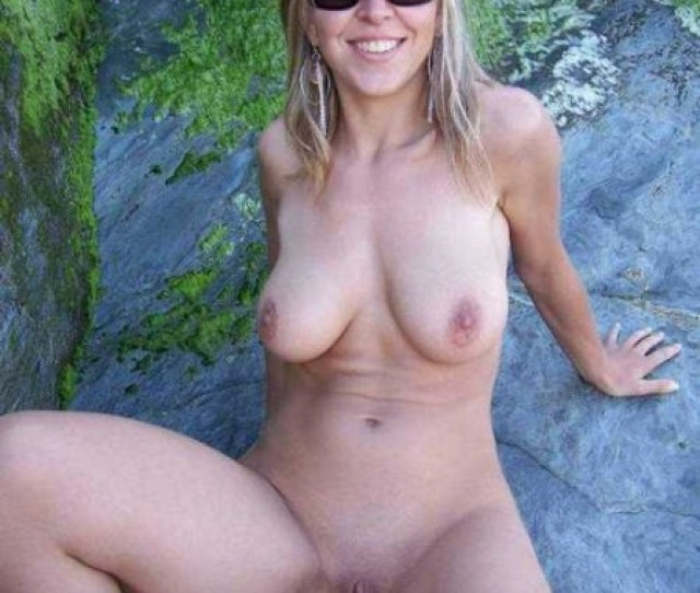 Naked Milf On A Rock Private Milf Pics