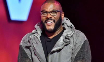 Tyler Perry gave out $21,000 to Restaurant workers in Atlanta buys groceries for shoppers at 73 stores