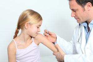 После прививки против клещевого энцефалита. Температура у ребенка после прививки от клещевого энцефалита: причины и побочные эффекты