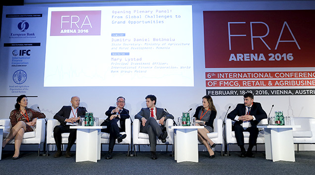 Panel FRA Arena
