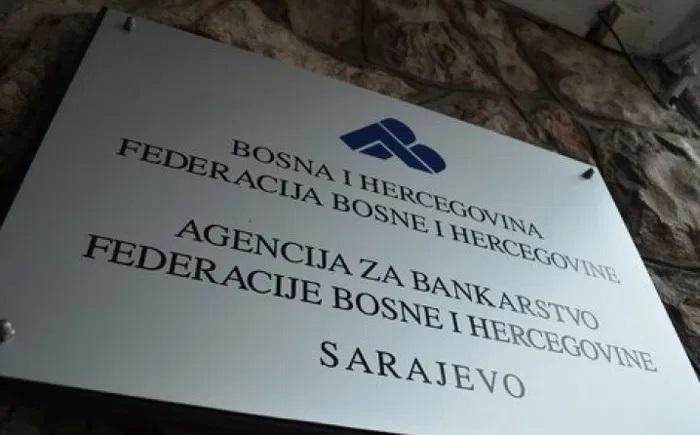 """Agencijia Za Bankarstvo FBiH-ODLUKA O PRIVREMENIM MJERAMA KOJE BANKA PRIMJENJUJE ZA OPORAVAK OD NEGATIVNIH EKONOMSKIH POSLJEDICA UZROKOVANIH VIRUSNIM OBOLJENJEM """"COVID-19"""""""