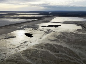 Alberta Oil Sands #10, Tailings