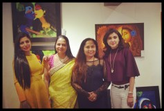 felicitatation-of-astrologer-priyanka-sawant-in-painting-exhibition-at-the-easel-art-gallery-juhu-9