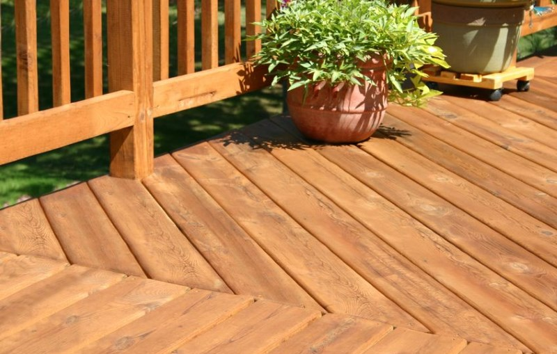 Best Deck Stain 2019 Best Deck Stain and Sealer 2019   Reviews and Buyer's Guide